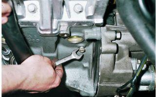 Как заменить тосол на ВАЗ 2110: сколько литров входит в систему охлаждения, инструкция по замене