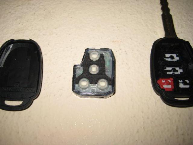 Замена батарейки в ключе Тойота Камри V40 и V50: как поменять