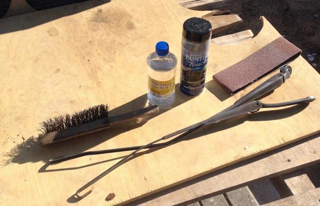 Как легко избавиться от полос на лобовухе — дедовский способ ремонта дворников