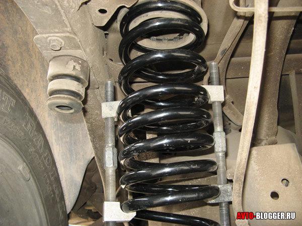 Нужно ли менять пружины при каждой замене амортизаторов на автомобиле?