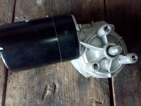 Ремонт моторчика стеклоочистителя Лада Приора