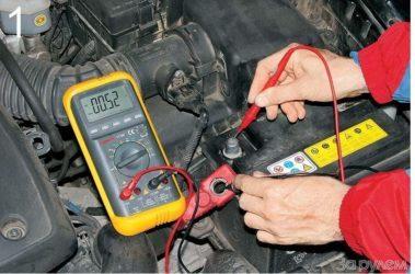 Как понять, что аккумулятор в машине разрядился: симптомы и признаки севшей АКБ