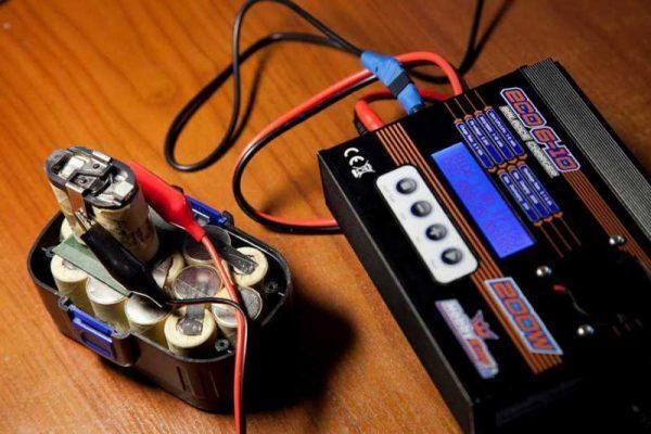 Как восстановить аккумулятор контрольно — тренировочным циклом