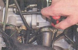 Как проверить термостат приора 16 клапанов
