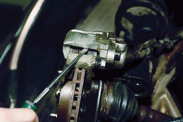 Замена тормозных колодок lada 2110 (ваз 2110)