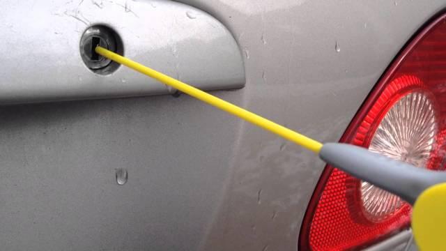 Как открыть замерзший замок автомобиля после мойки