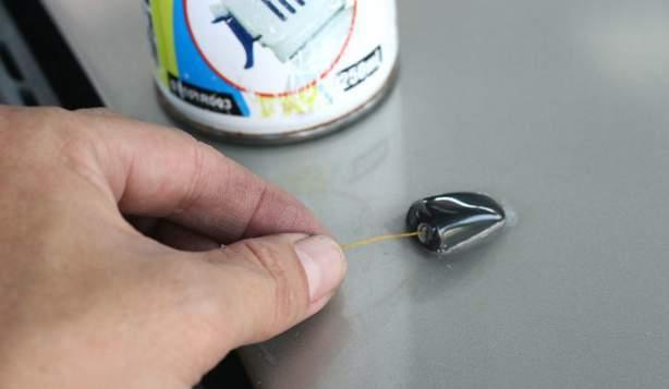 Как прочистить форсунки омывателя лобового стекла?