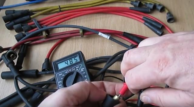 Какое сопротивление должно быть на высоковольтных проводах: проверить мультиметром